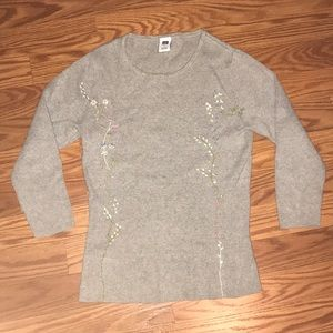GAP women's gray sweater